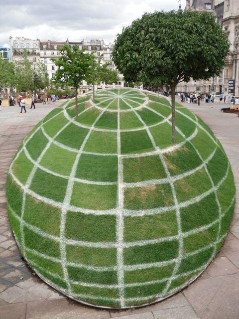 "3D Chalk, ""EARTH""..."