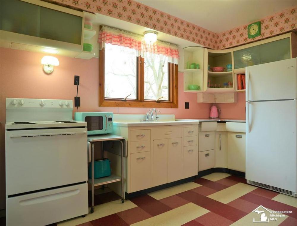 Pin On Vintage Kitchen Ideas