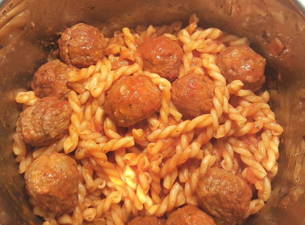 Pressure Cooker Soccer Mom Spaghetti And Meatballs Uses