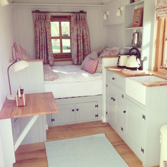 The best tiny house cozy interior cottage cabin tiny for Tiny house interior ideas