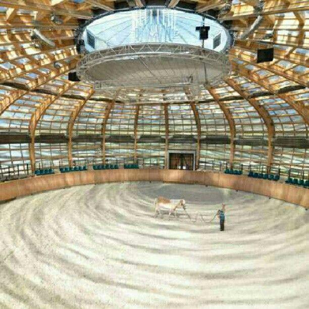 Fazenda The Stork Nest, em Olbramovice, República Tcheca. Projeto do escritório SGL Projekt. #architecture #arts #arquitetura #arte #decor #decoração #decoration #design #interiores #interior #projetocompartilhar #shareproject #madeiraeconforto #madeira #wood