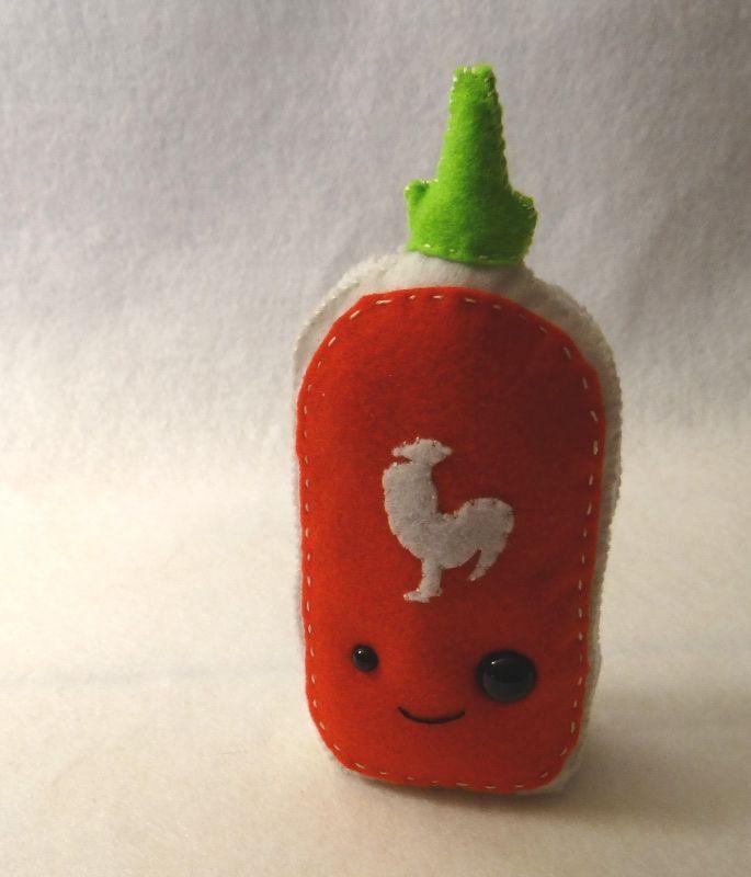 Mit Sriracha ist alles besser: Ein kostenloses Plüschmuster »Wundersame Künste   - Plushies -