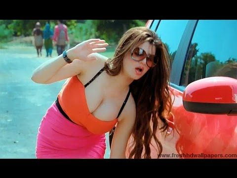 Grand Masti Movie Sexiest Scenes
