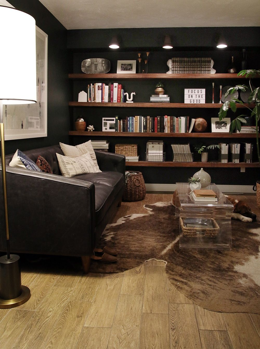 A Night In Dark Green Living Room Home Home Office Design