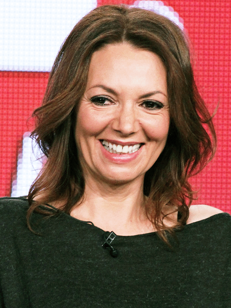 Joanne Whalley (born 1964)
