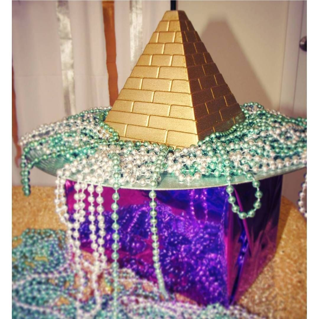 Egyptian Party Gold Pyramid Centerpiece By Karlita S