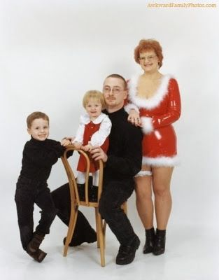 Great 10 Christmas Card Pictures Gone Wrong! | Time For The Holidays