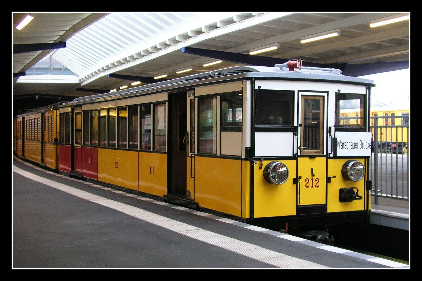 Über 100 Jahre U-Bahngeschichte BVG Historische U-Bahn (Berliner U-Bahn Museum,Olympia Stadion)