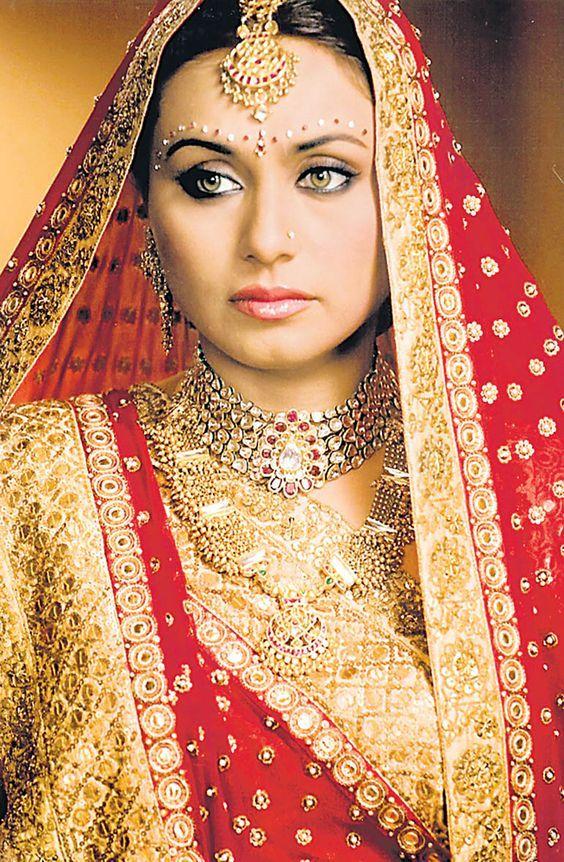 Indian Actress Rani Mukherjee Wedding Marriage, Husband -2148