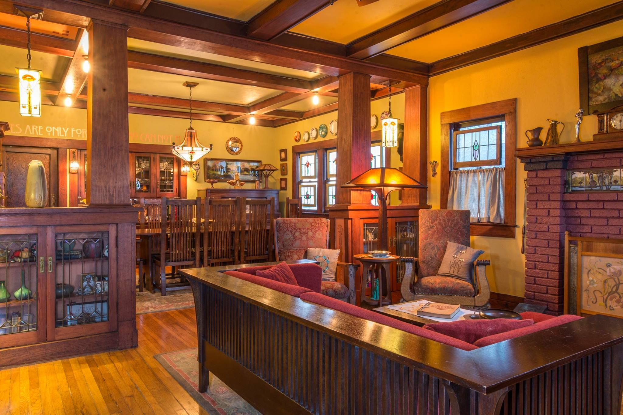 Arts And Crafts Style Living Room: Fairmount National
