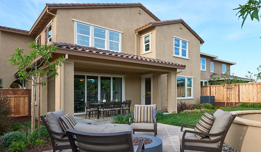 This Beautiful Backyard In Mountain House Ca Is Ideal For Entertaining Clarissa Plan By Richmond American Richmond American Homes New Homes Outdoor Living