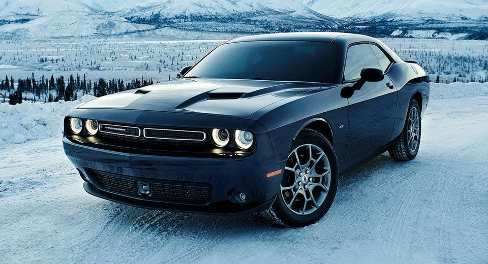 Dodge Unveils 2017 Challenger Gt Awd With 3 5 Liter V6 Carscoops Dodge Challenger Gt Dodge Challenger Dodge Charger