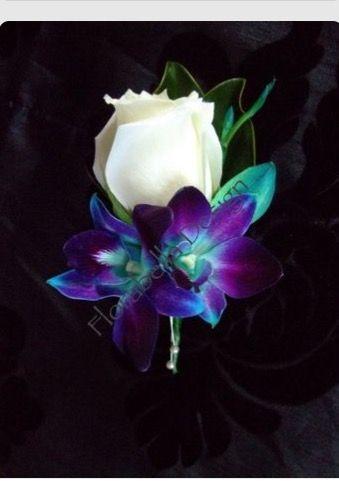 Pin By Alicia Martinez On Wedding Flowers In 2019 Purple Wedding