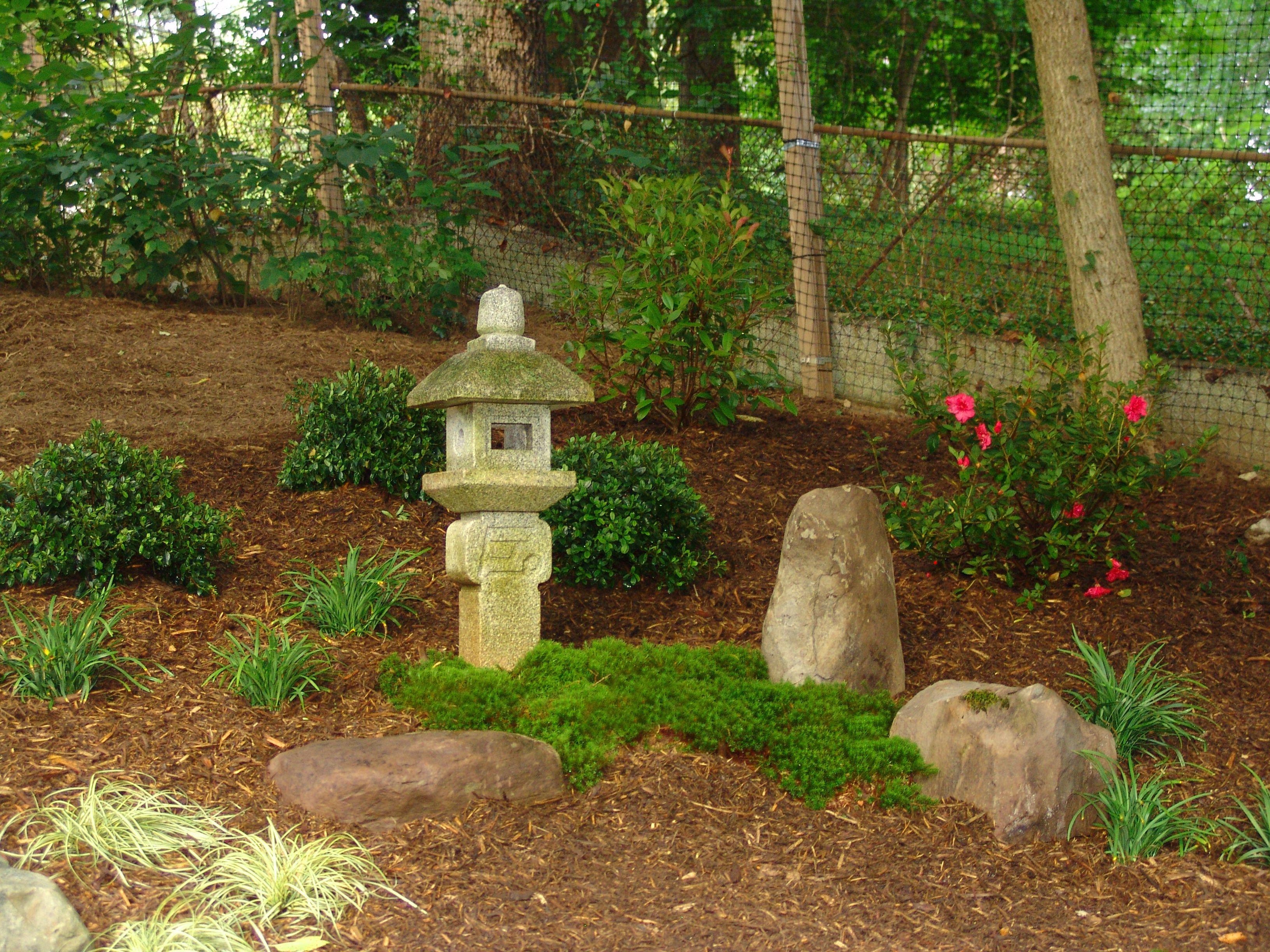 Japanese Garden. Backyard landscape design By Lee\'s Oriental ...