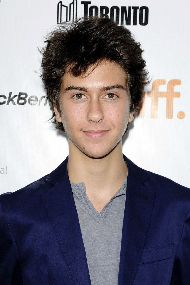 nat wolff shirtless - 640×960