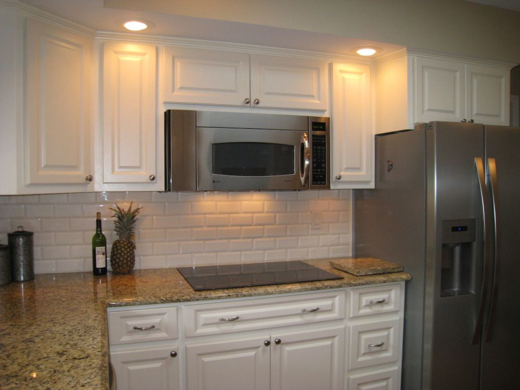 Same Color Counter Top But With White Backsplash