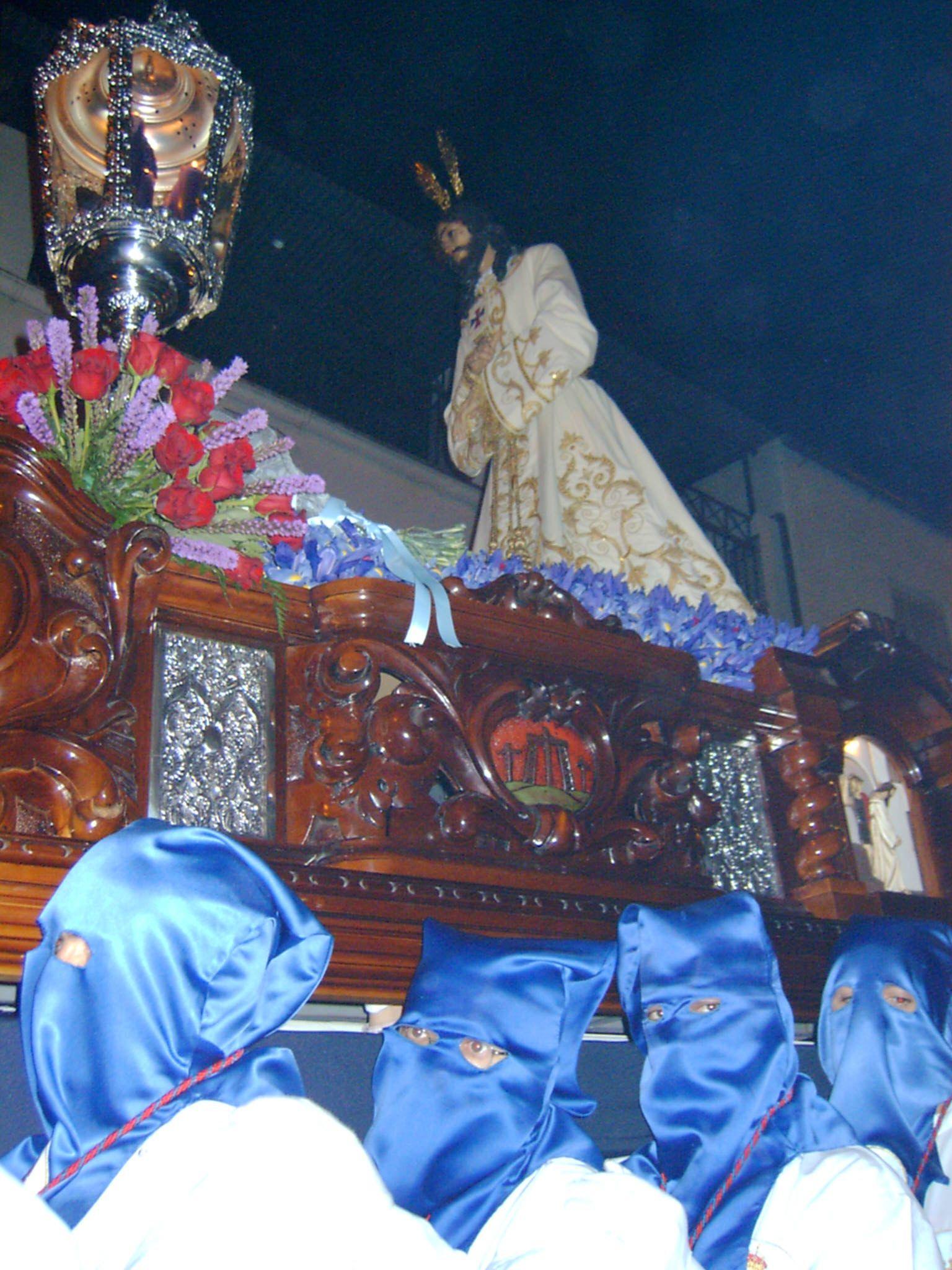 cofradía de Jesús Cautivo en su desfile procesional