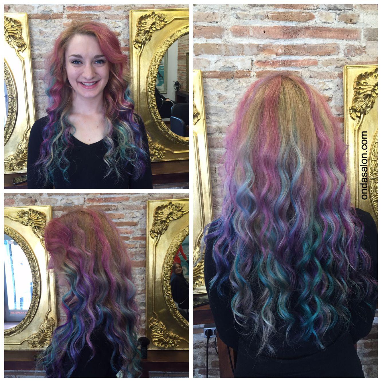 Color + corte + styling - Color + cut + styling by #OndaSalonTeam #OndaSalon #colordepelo #cortedepelo #cortedepelocorto #haircolor #unicornhair #haircut #shorthaircut #Barcelona #Barceloneta