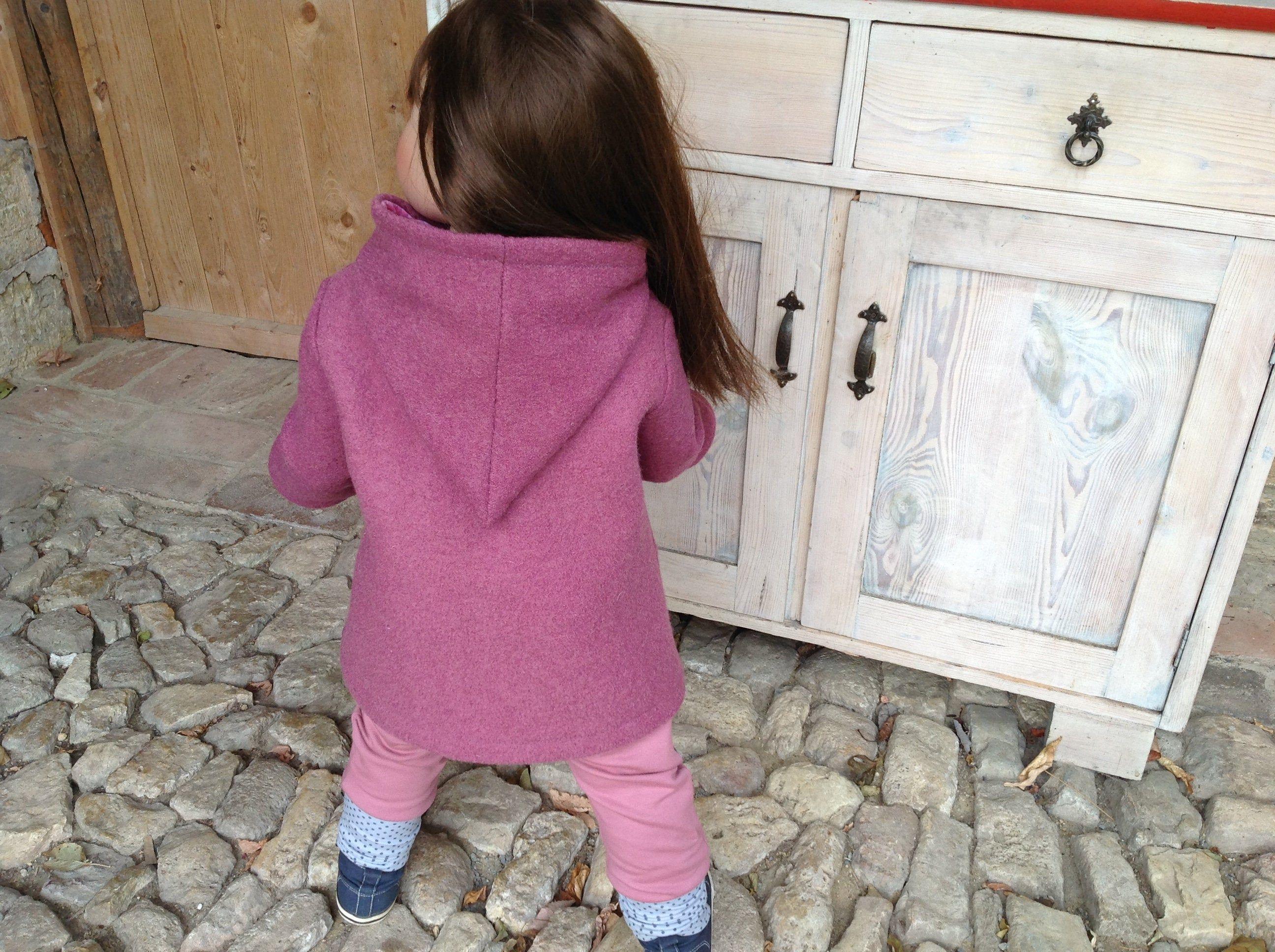 Kurzmantel In Altrosa Egg Shape Mantel Mit Stulpenarmeln Als Ubergangsmantel Egg Shape Coat As Between S Mit Bildern Ubergangsmantel Damen Kleidung Schnittmuster Jacke