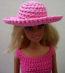 In this lens I will show You how to crochet hat for Barbie doll. It s very  easy and I have added also pictures of each step. b07da1ecc4a