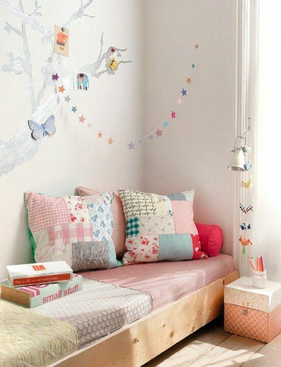 12 camas estilo quarto montessoriano  Cama baixa, Escorregador e Cama suspensa