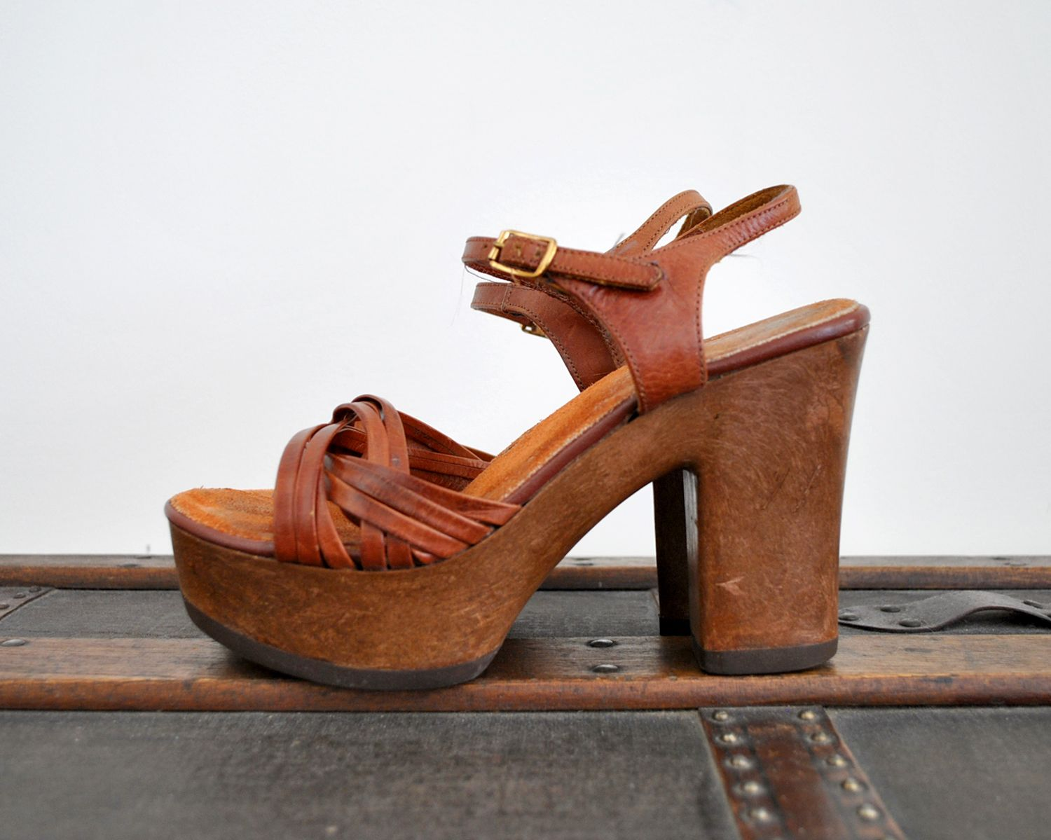 beb28ff13854d 1970's Leather and Wood Platform Heels | boho fashion + lifestyle in ...