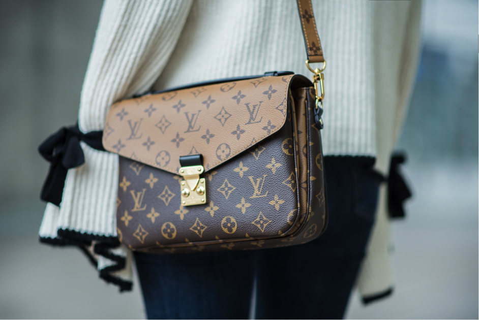 78bbcbf3da92 Louis Vuitton Pochette Métis - Designer-Vintage