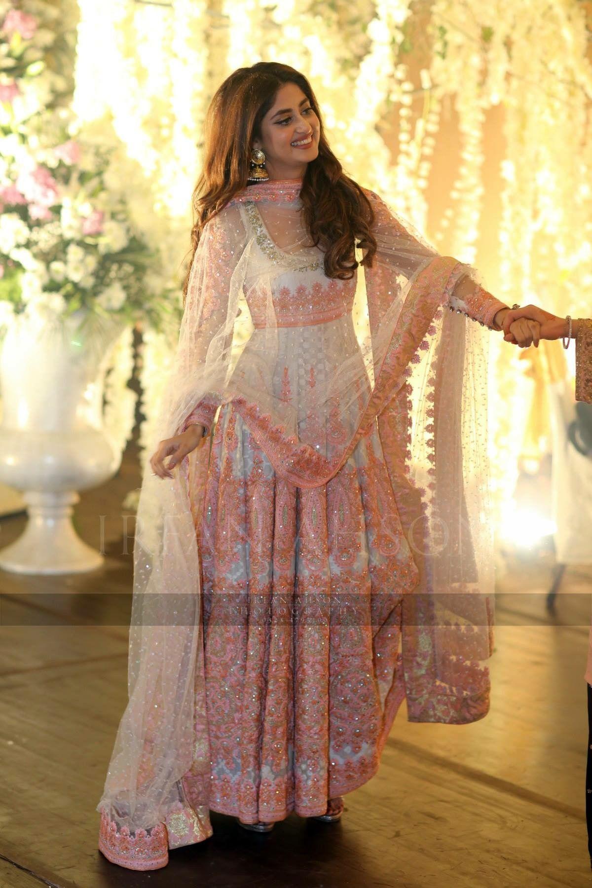 a98326949f Urwa hocane wedding, anarkali, Pakistani couture, Nomi Ansari ...