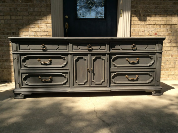 FREE SHIPPING - Classic Vintage Thomasville Triple 9 Drawer Dresser  Distressed Grey - Classic Vintage Thomasville Triple 9 Drawer Dresser Distressed Grey