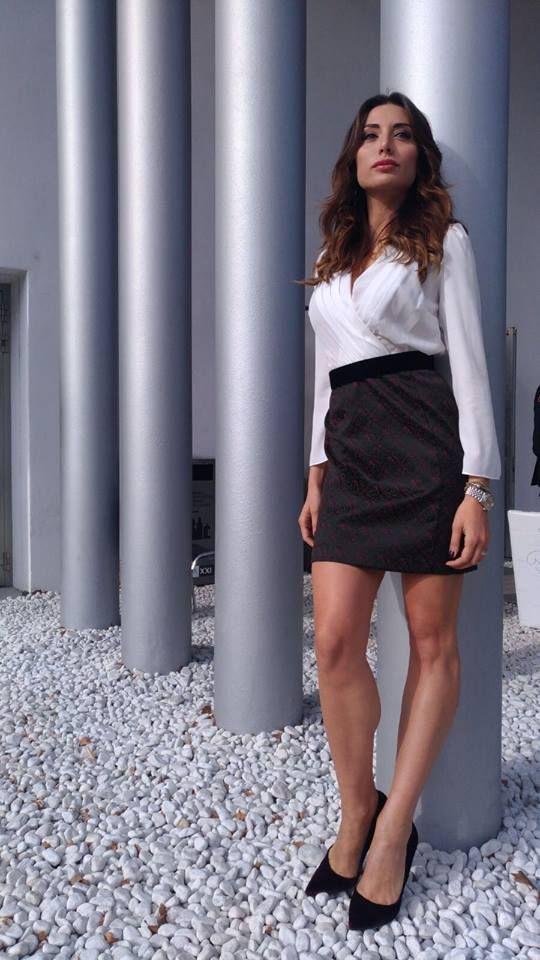Hanitapress  fw1718 Tutta la bellezza di Marita Langella a La7 in   totallook Hanita 8d4af0ce0233