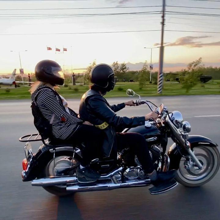Друзья!Лето наступило! @legion_mc #legion_mc #motorcycle #motoclub #moto #bikers #biker #bike #kawasaki #suzuki #honda #harleydavidson #yamaha #мотоцикл #мото #мотосезон2020 #мотопутешествие #байкеры #байкер #мостсаратовэнгельс #закат #лето