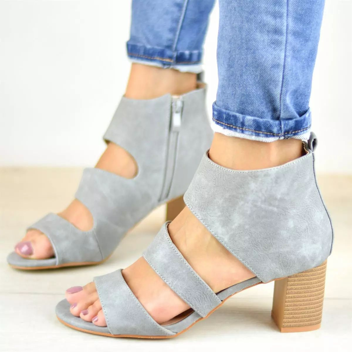 5704eb5d8628 ad Grab a pair of these cute chunky heel sandals. Pair them with a skirt or  jeans! Only  24.99.  sixsistersstyle  sandals  summerfashion