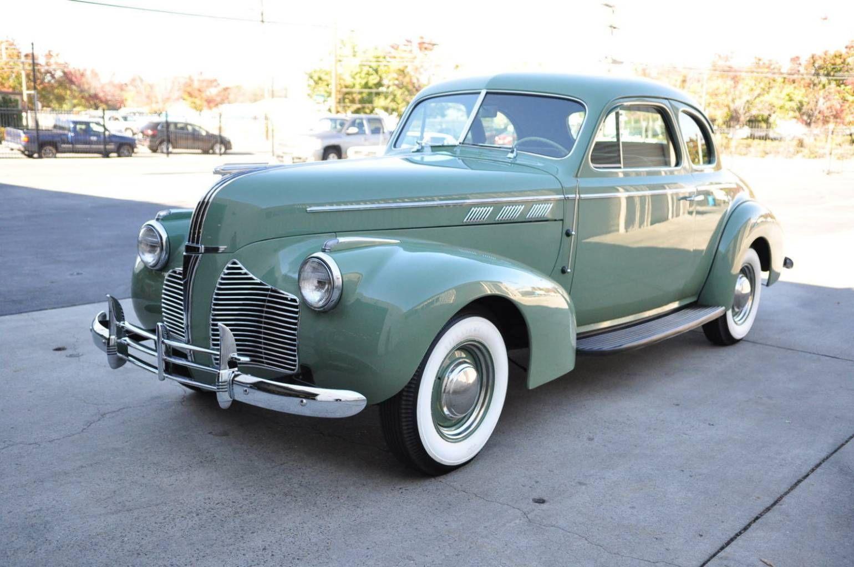 1940 Pontiac Deluxe Sport Coupe