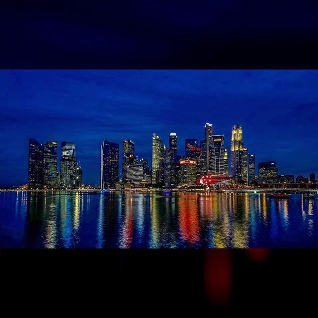 Have a great Golden Jubilee weekend Singapore! #singapore #city #skyline #marinabay #bluehour