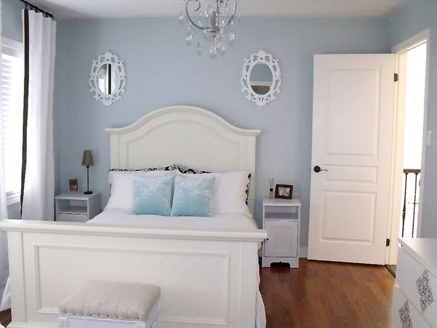 Modern french bedroom decor - Guest Bedroom Paint Design Ideas Paint Is Behr Light French Gray
