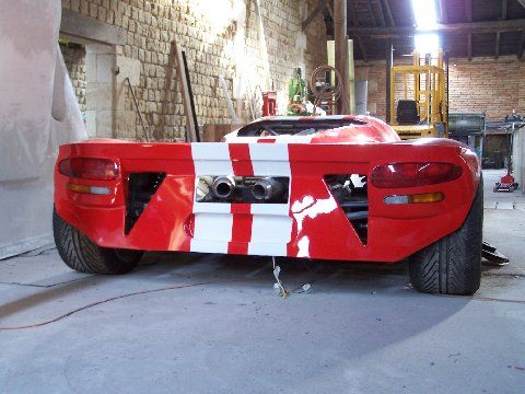 That Is A Hand Built Tube Framed Mid Engine Vipersv Sitting In A Shop In France Super Cars Dodge Viper Batmobile