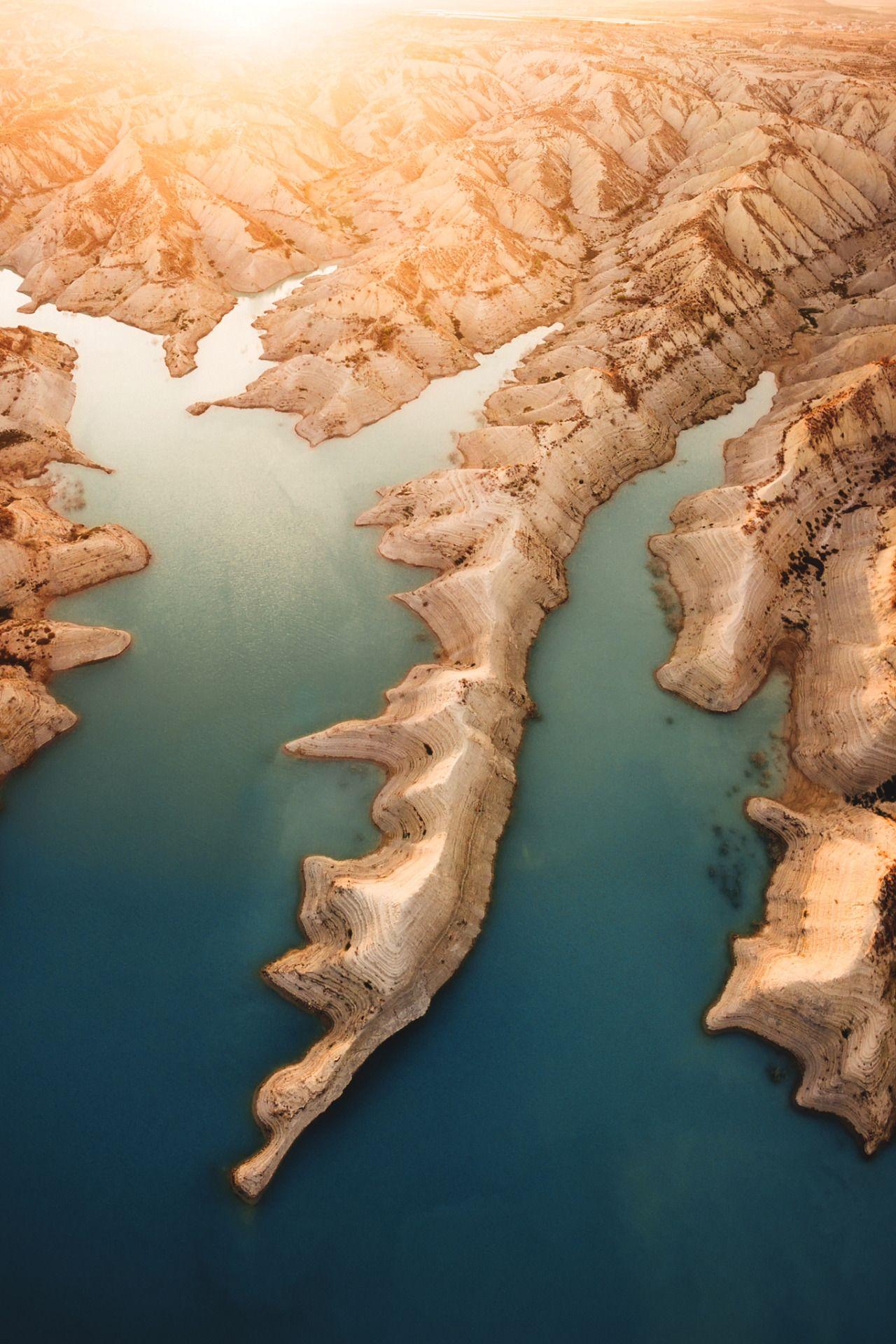 Vividessentials Water Desert