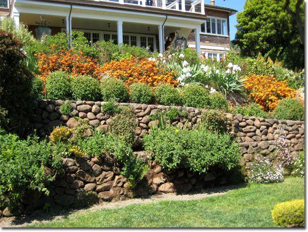 Jardines en desnivel buscar con google ideas casa - Jardines en pendiente ...