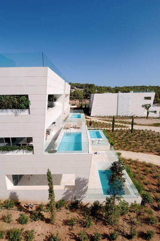 A cero projects architecture design residential for Casa de lujo minimalista y espectacular con piscina por a cero