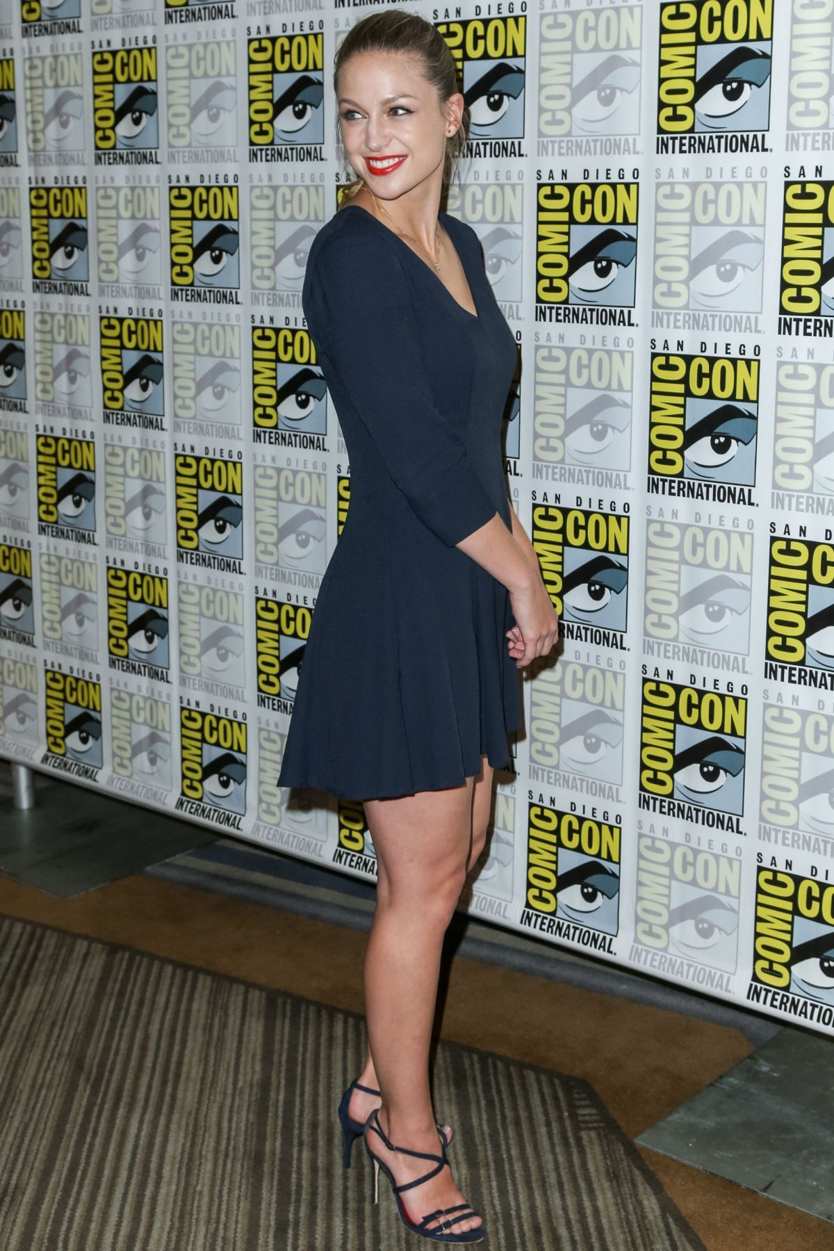Imgur Melissa Benoist Melissa Benoist Legs Melissa Supergirl
