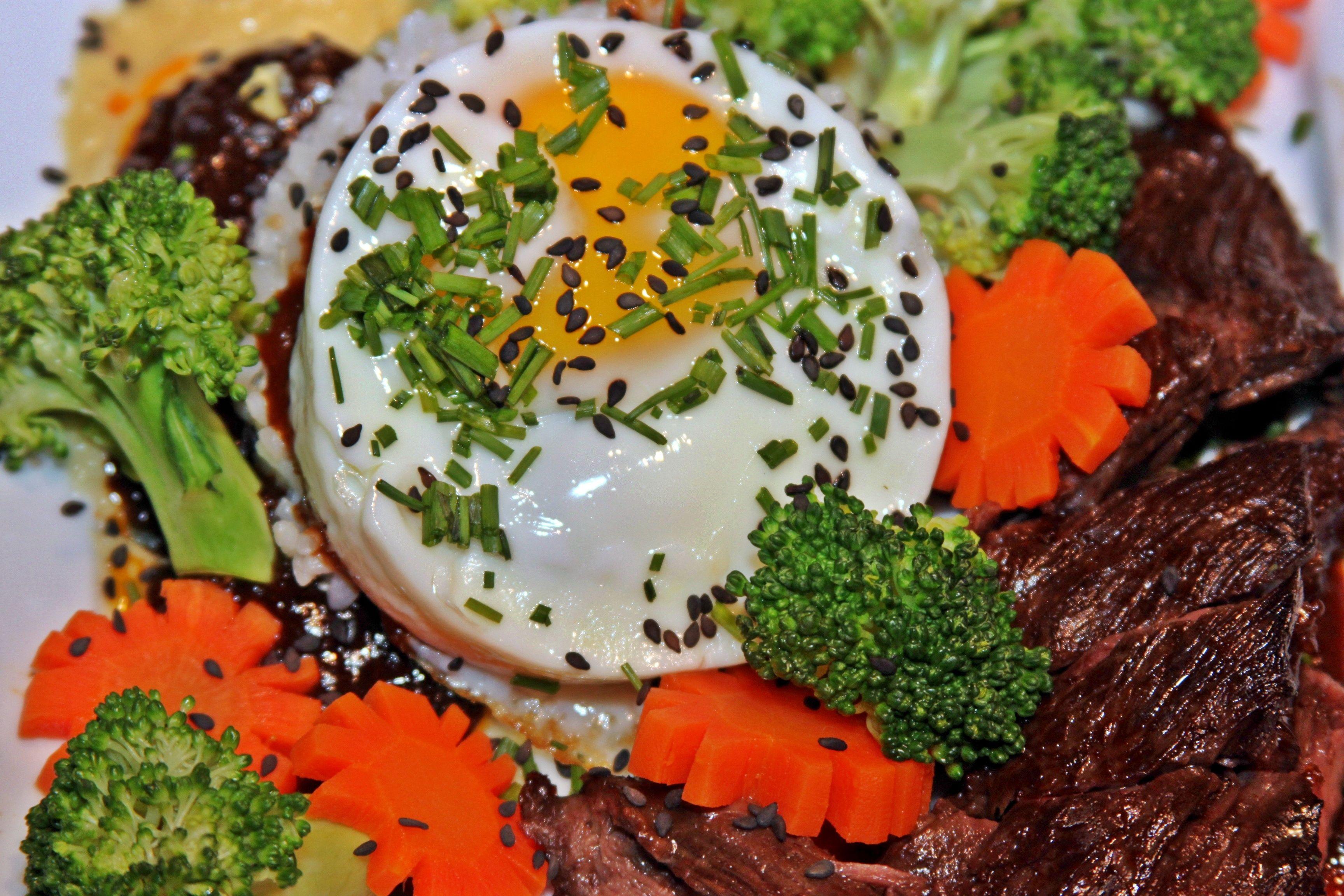 Beef & broccoli with fried rice. www.westchesterfoodie.com