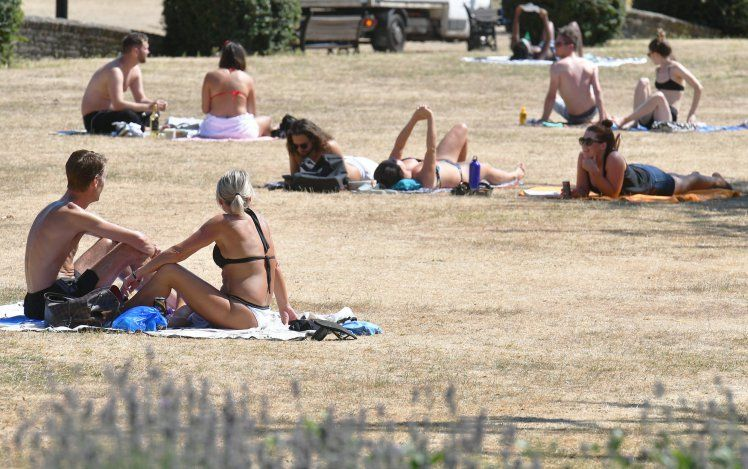 #Heatwave Is #About To #Get #Even #Hotter As #Amber #Warning #Remains In #Place -Parts of Britain could see temperatures rise to 35C (95F) towards the end of the week as the heatwave continues.