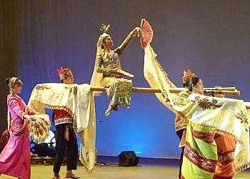 The arrival of the Princess of Maranao on bamboo poles