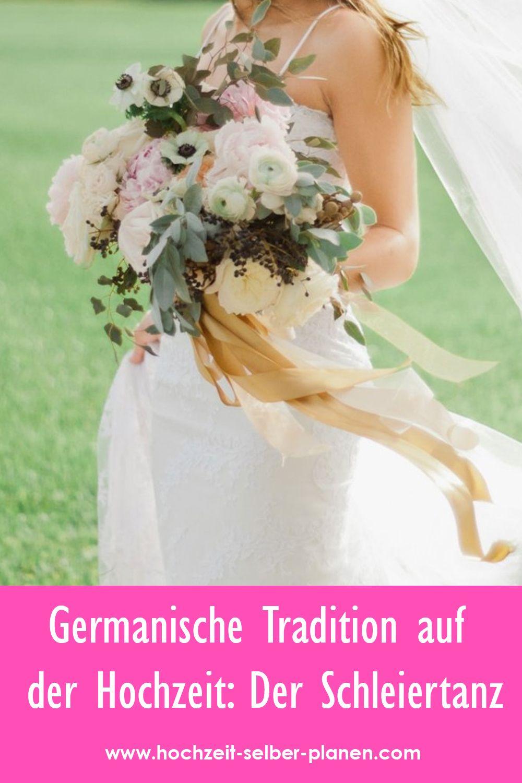 Germanische Tradition Auf Der Hochzeit Der Schleiertanz Hochzeit Tragerloses Hochzeitskleid Kleid Hochzeit