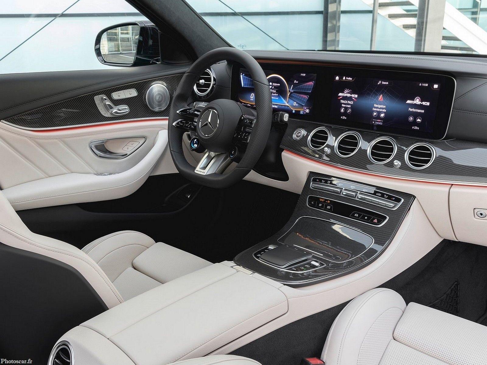 Mercedes Amg E53 Estate 2021 Des Performances Impressionnantes En 2020 Mercedes Classe E Mercedes Benz Mercedes