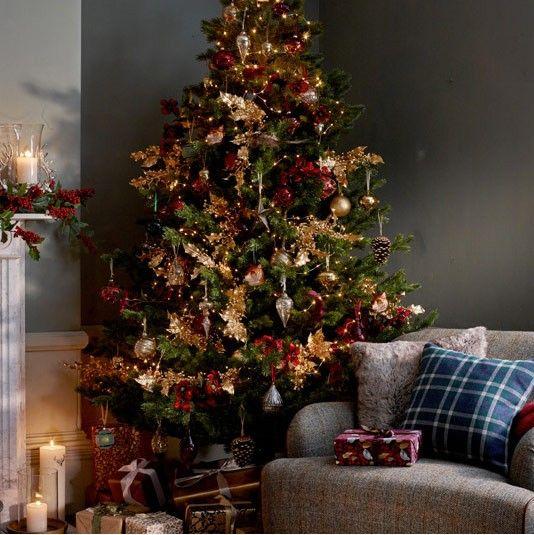 Ruskin House Country House Christmas Decorations Christmas Tree  - Country Decorated Christmas Trees