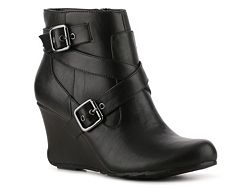 Bought these in the gray.  Love them, so comfortable for being on your feet all day at work.  Perfect wedge boot to pair with pants for a business casual look.  Kenneth Cole Reaction On The House Wedge Bootie. #boots  #capsulewardrobe