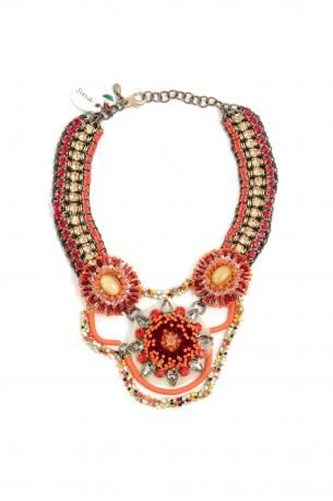 Collier Sveva Kim Novak. Necklace made of stones, and braided metal, in bronze, red, orange, yellow, green, black and white tones. Hypoallergenic metal. Made in Italy. Sveva Spring Summer 2013 Collection.    Circumference: 36 cm. Height: 23 cm.