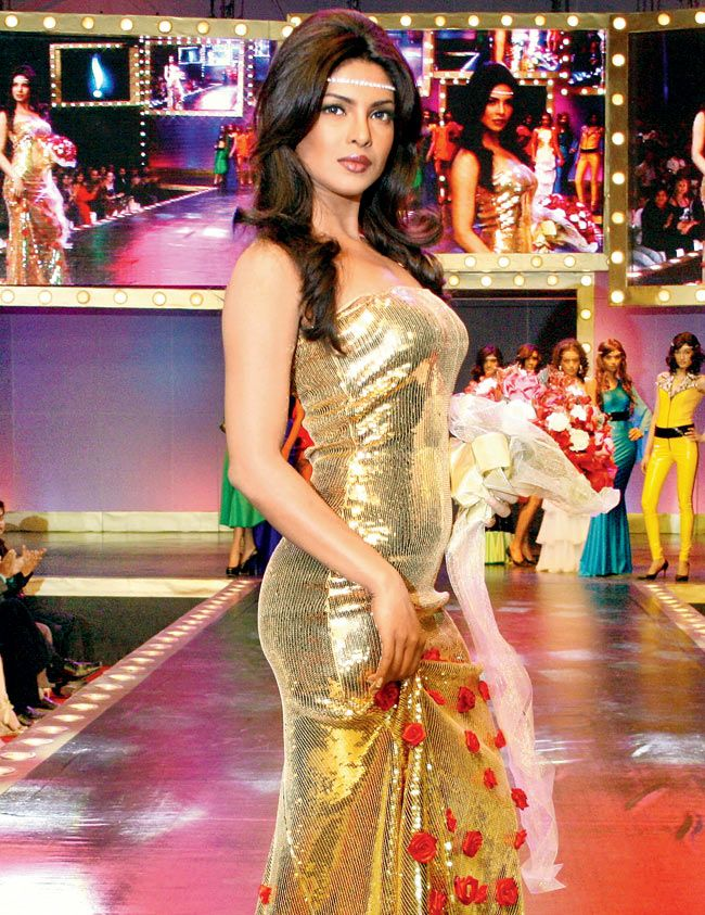 f839b9fd05f5c Pin by Heena Bhatt on Retro Bollywood Theme