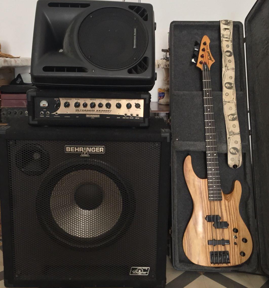 aria pro ii bass behringer bugera 300 watts ultrabass ax3000t amplifier speaker cabinet my. Black Bedroom Furniture Sets. Home Design Ideas